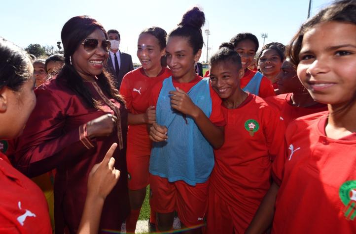"""Fatma Samoura, la Secrétaire générale de la FIFA: « Le Maroc est à """"l'avant-garde"""" pour le développement du football féminin »"""