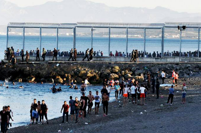 Sebta : 135 immigrés marocains rentrent volontairement au Maroc