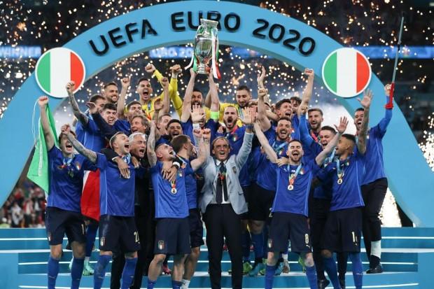 Euro 2020 : Chaque joueur italien touchera 250.000€