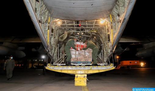 Décollage de trois avions acheminant une aide médicale vers la Tunisie