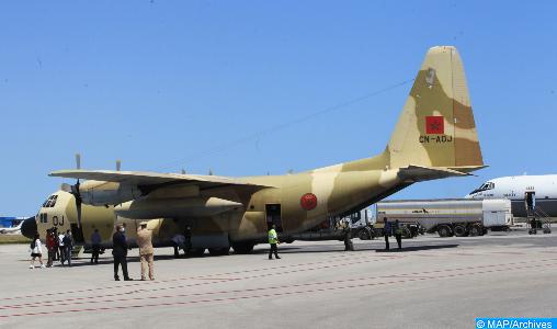 Arrivée à Tunis d'un nouvel avion transportant l'aide médicale d'urgence ordonnée par SM le Roi