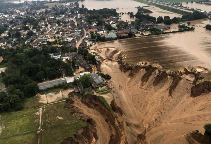 Les inondations continuent en Europe, au moins 157 morts