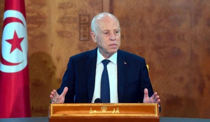 Coup de théâtre : Kaïs Saïed démet le chef du gouvernement et suspend les travaux du parlement