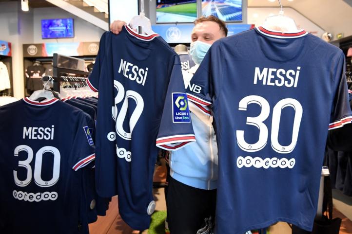 La ruée vers le maillot de Messi : Messi endossera le numéro 30