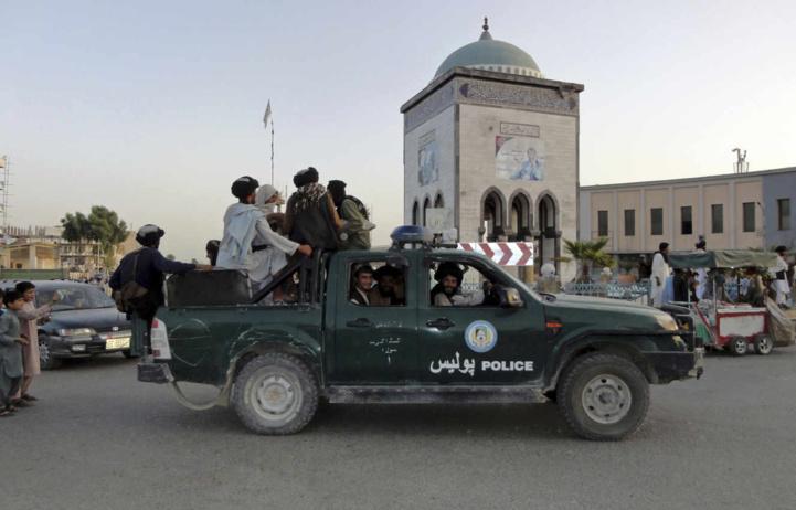 Afghanistan  : Paris déploie des renforts militaires aux Emirats pour évacuer ses ressortissants