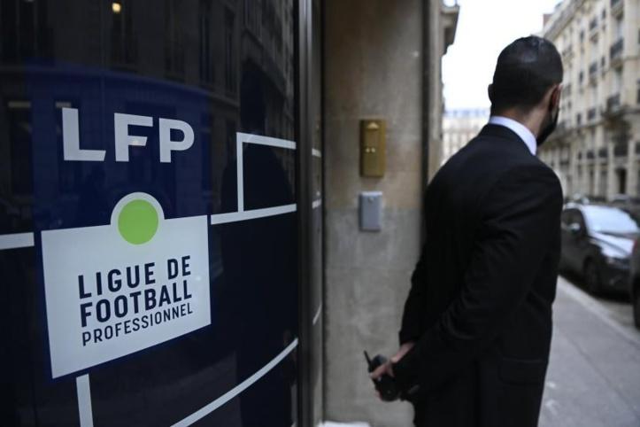"""Foot français : Un match de """"Ligue 2"""" reporté pour cause de coronavirus"""