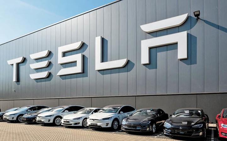 USA: Après l'automobile et l'espace, place à la robotique pour Elon Musk