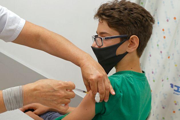 Pfizer et Sinopharm autorisés au Maroc pour les 12-17 ans
