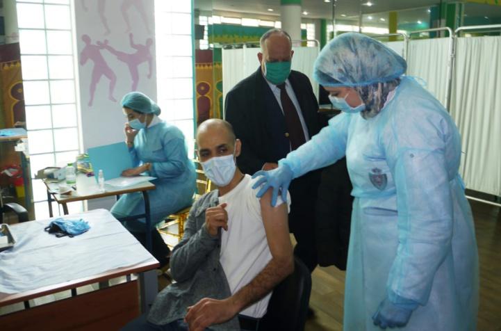 Rassuré par le Comité scientifique, le ministère de la Santé se prépare à autoriser la troisième dose anti Covid-19.