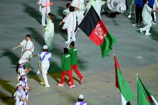 """Thomas Bach, président du CIO : Tous les sportifs afghans participants aux Jeux olympiques sont """"hors du pays"""""""