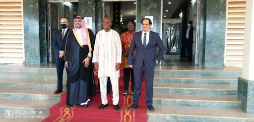 Hydrocarbures : Niamey abrite la 3ème Exposition et Forum des mines et pétroles de la CEDEAO