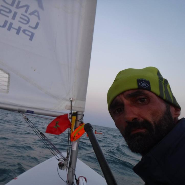 Voile / Asilah : Le vent a battu Yassine Derkaoui l'empêchant à établir un nouveau record du monde
