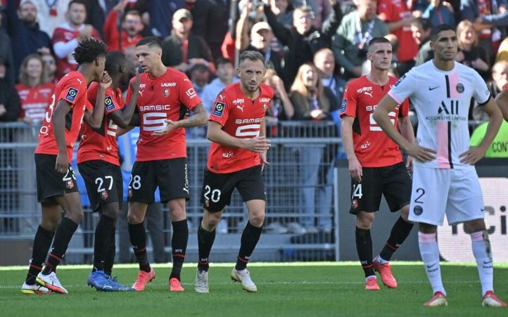 Stade Rennais-PSG : Naïf Aguerd  accueille généreusement Achraf Hakimi !