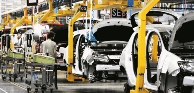 Exportateur en pointe, le secteur automobile carbure