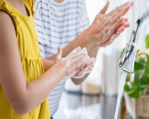 Les dermatites d'irritation causées par les lavages fréquents