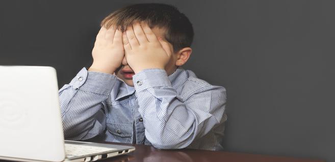 Les enfants courent un risque accru en ligne