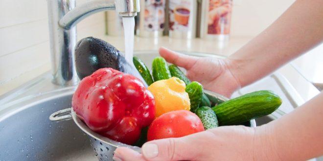 Coronavirus : Quand laver des aliments devient tout un art