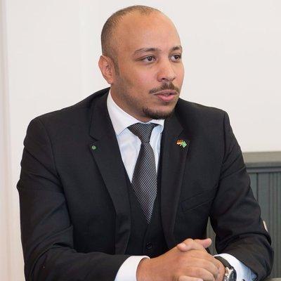 Anas El Arass qui se présente désormais comme Founder & CEO at GrowIN Portugal
