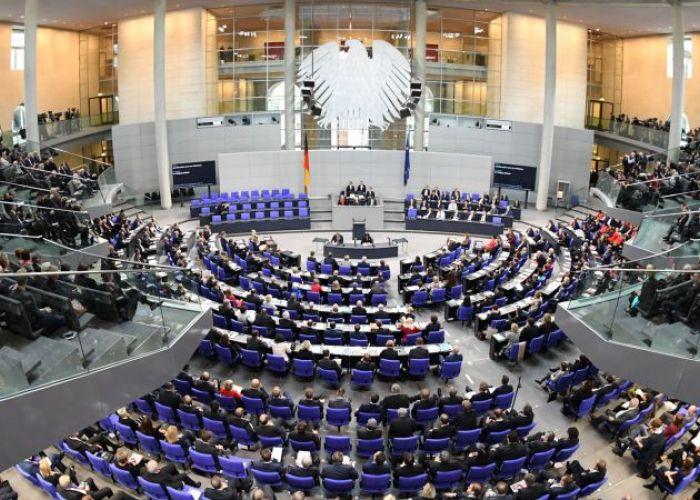 Le Bundestag Allemand à qui on veut faire dire ce qu'il n'a jamais dit