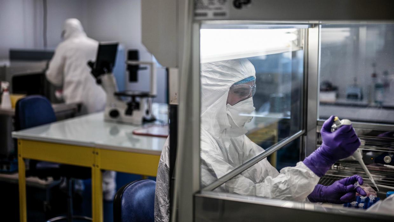 Compteur coronavirus : légère baisse des contaminations et troisième jour sans décès