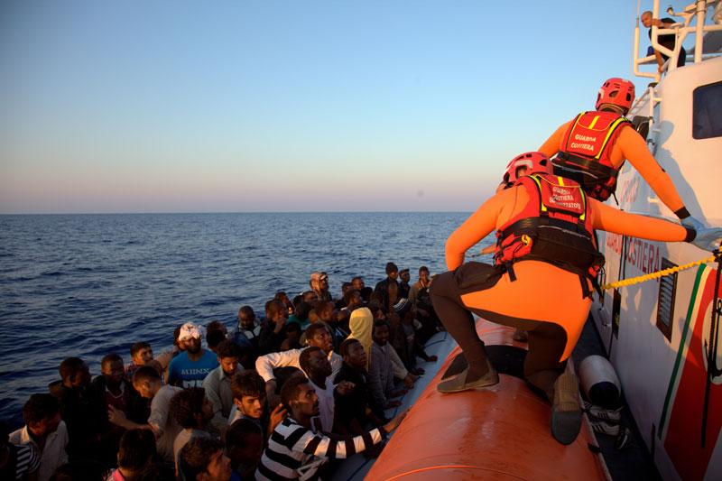 Migrants bloqués en Méditerranée : L'ONU exhorte les pays européens à faire preuve de solidarité