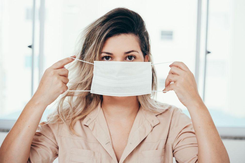 Port de masque de protection: relâchement psychologiquement compréhensible, mais dangereux