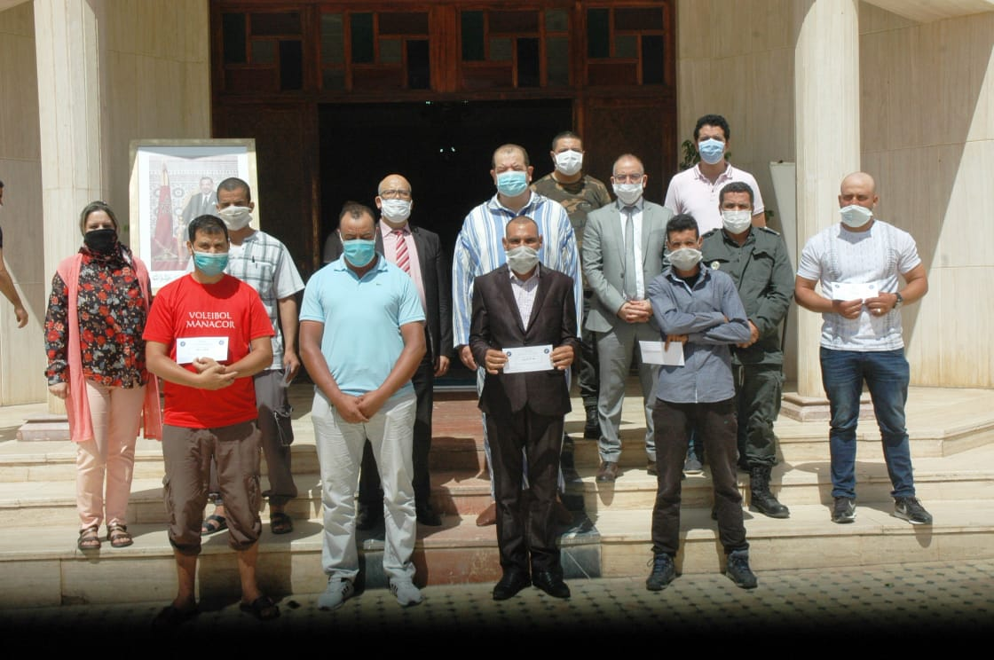 Moulay Yacoub et Meknès : Remise d'équipements de projets générateurs de revenus au profit d'ex-détenus