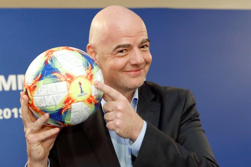 FIFA : La pandémie pourrait coûter 14 milliards de dollars au foot mondial