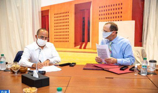 Benguerir : Conclusion d'une convention de partenariat entre UM6P, SADV ET MENARA HOLDING