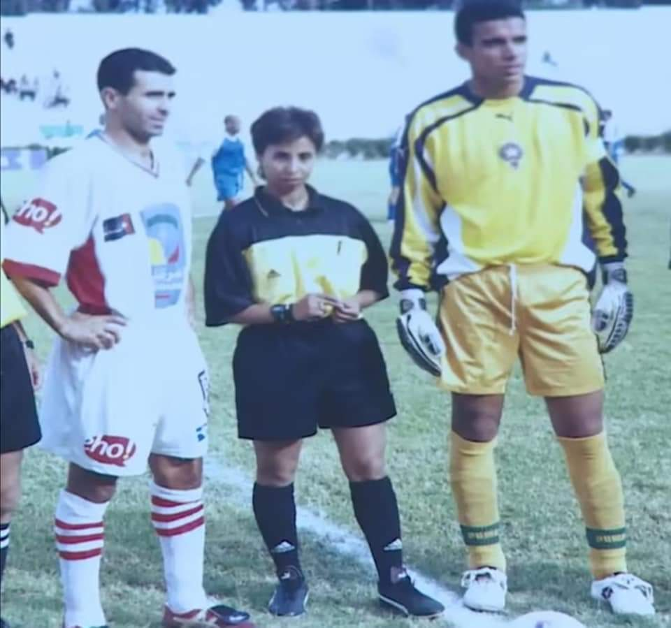 Khadija Rezzoug : première arbitre femme à avoir dirigé un match de football national masculin !