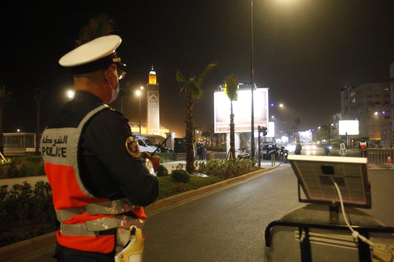 A Casablanca, les éléments de la DGSN ne ménagent pas leurs efforts pour stopper la propagation du virus