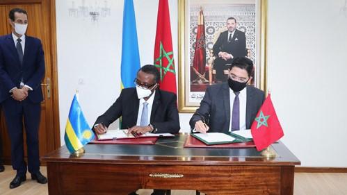 Le Maroc signe deux accords de coopération avec le Rwanda