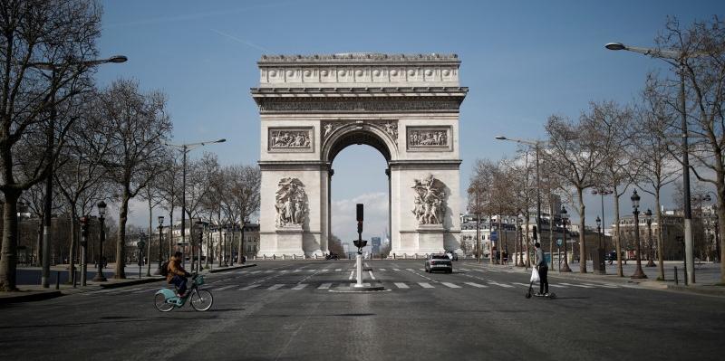 France : maintien du confinement jusqu'au 1er décembre