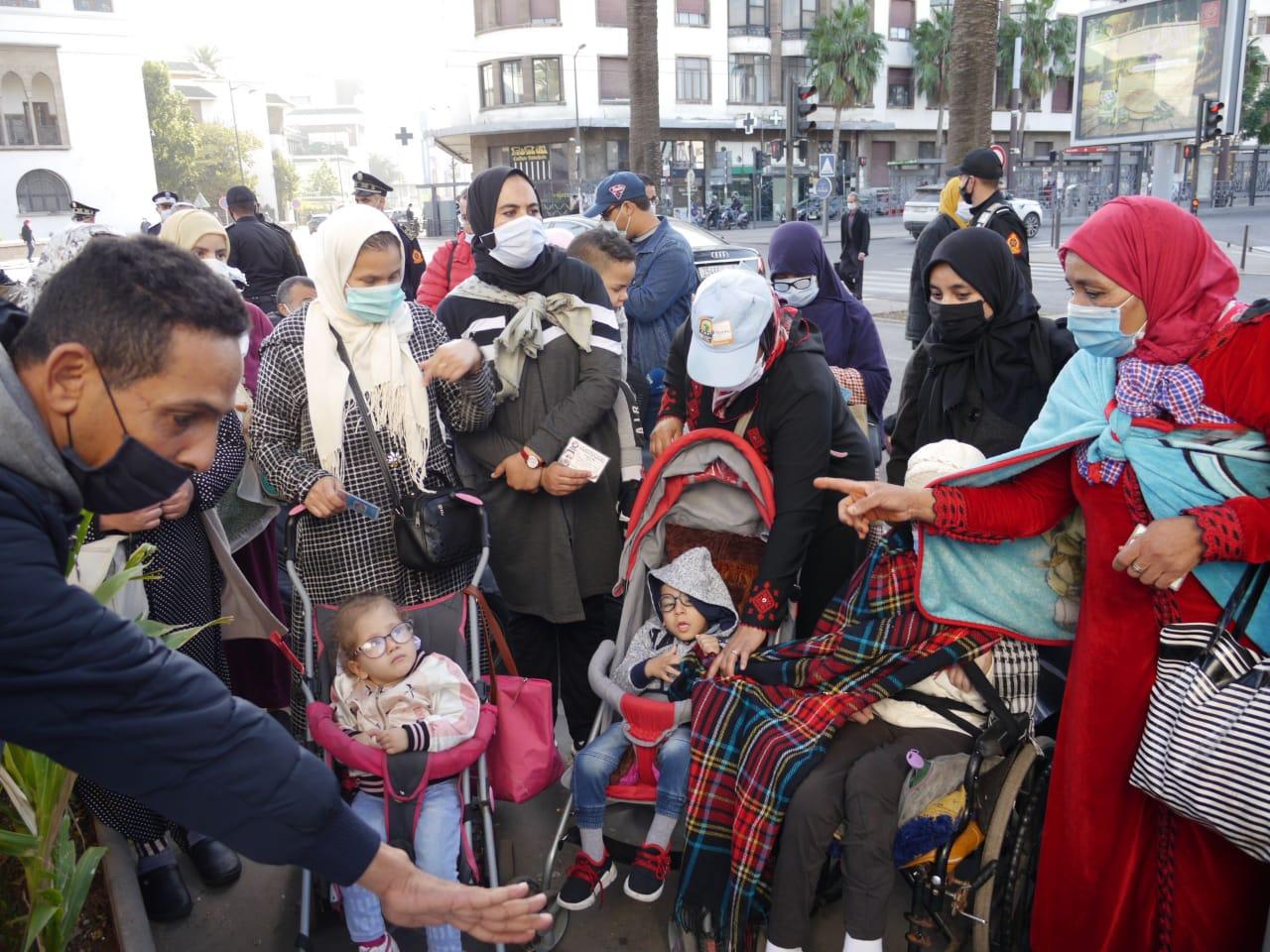 Bus à Casablanca : Les personnes en situation de handicap protestent