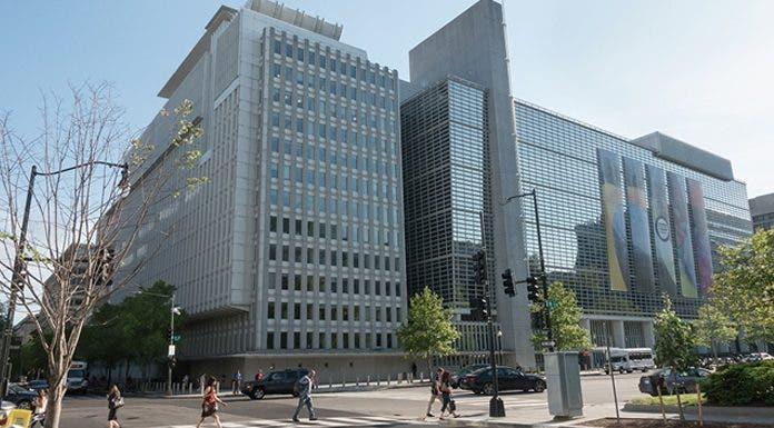 Couverture sociale : la Banque mondiale accorde un prêt de 400 milliards au Maroc