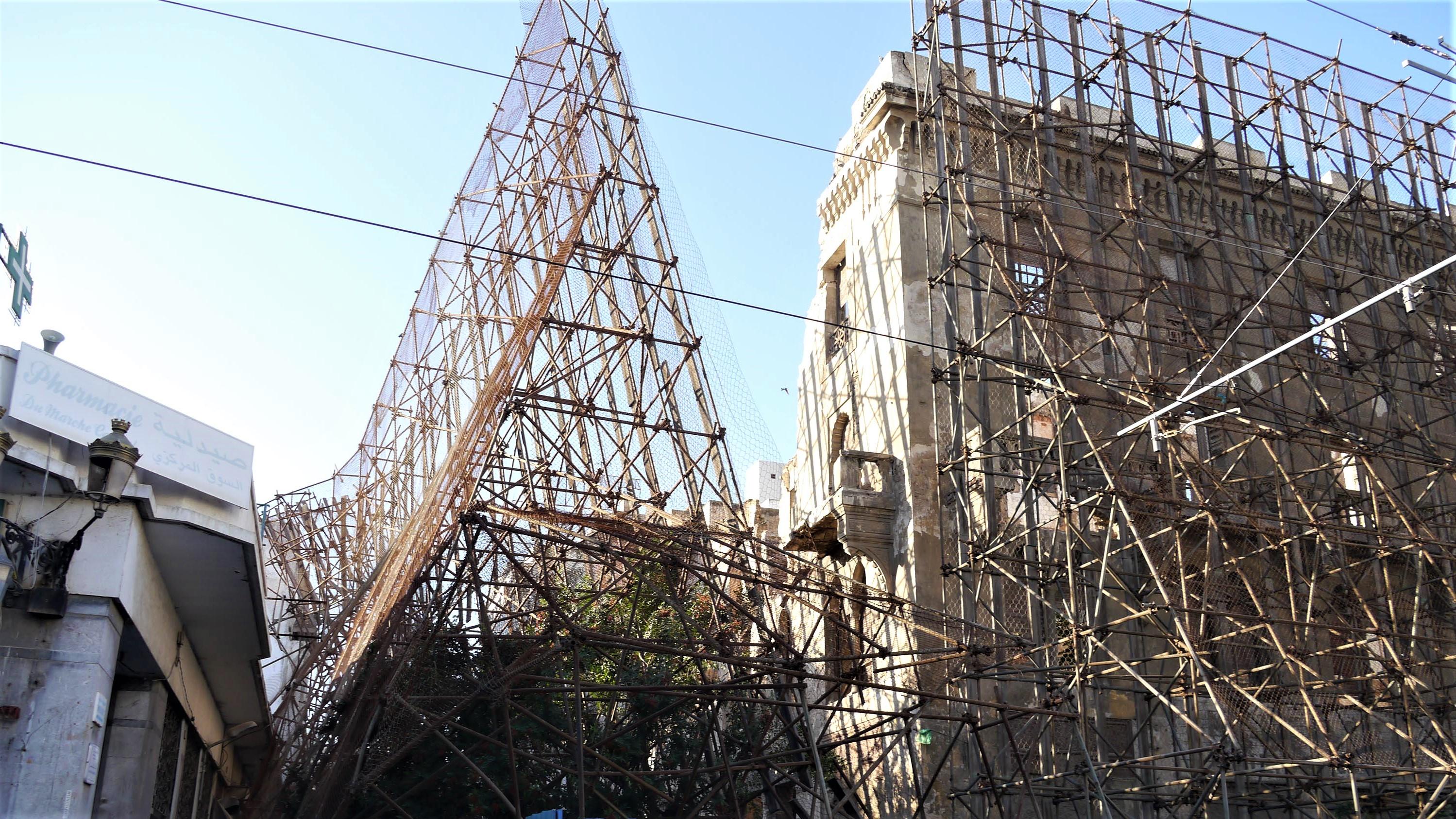 La façade du majestueux hôtel Lincoln s'est effondrée (images)