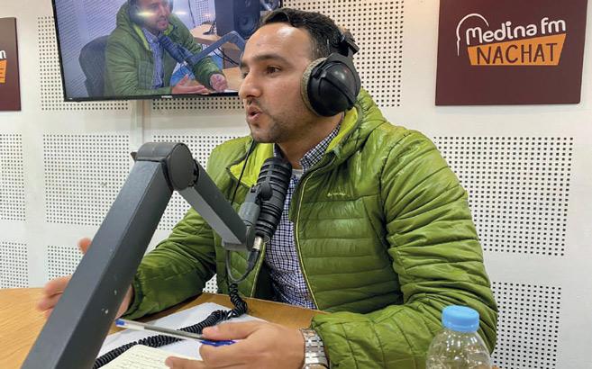 Faissel Ben Tourtou au micro de « Hatta La Nanssa ». Ph. Laglag