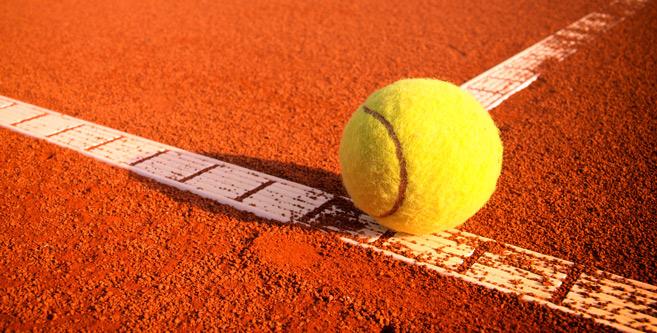 Tennis : Le joli cadeau de Younes El Aynaoui