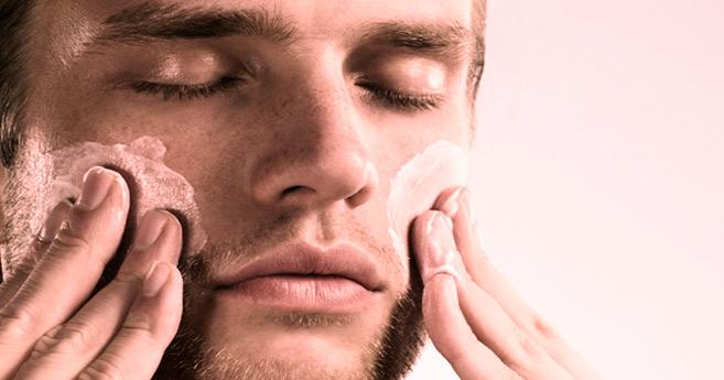 Beauté masculine : Les hommes aussi chouchoutent leur peau