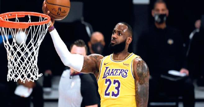 NBA :Retour triomphal de «King» James à Cleveland