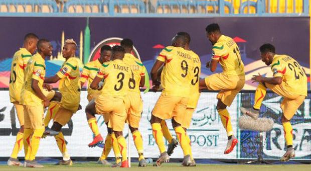 CHAN / Mali-Congo Brazzaville (0-0, penalties : 5-4) : Auteur du dernier tir au but, Coulibaly qualifie les Maliens