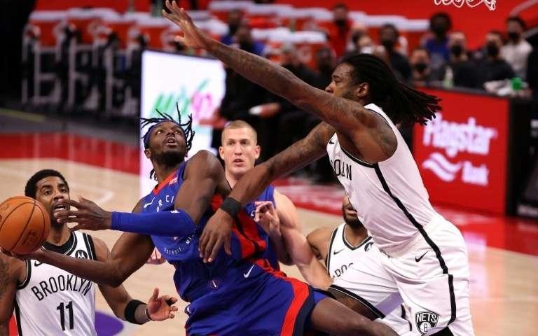 NBA: Utah toujours plus haut, Brooklyn chute encore, Curry marche sur l'eau