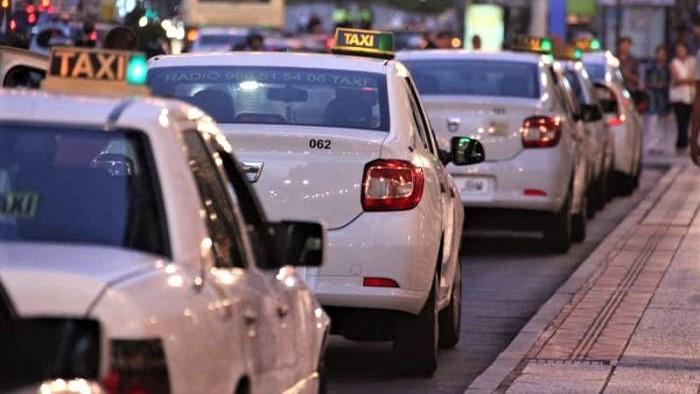 Le ras-le-bol s'étend au secteur des taxis à Sebta