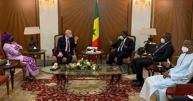 Football : Visite du président de la FIFA à Dakar