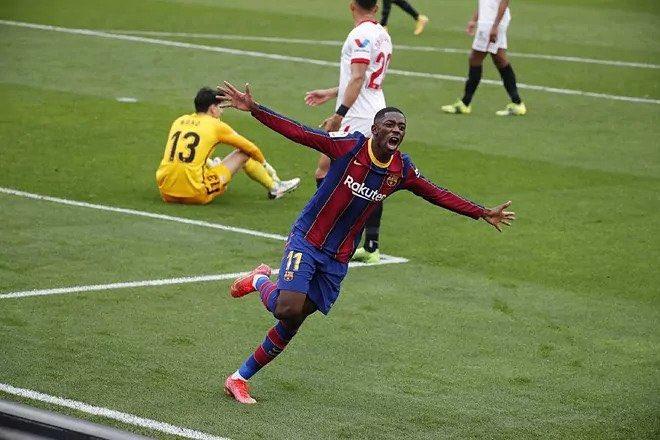 Football espagnol :  Bounou a perdu son duel avec Messi (0-2)!