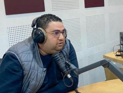 Le Président du CODM Football, Karim Laraki, au micro de Médina FM. Ph. Laglag M.