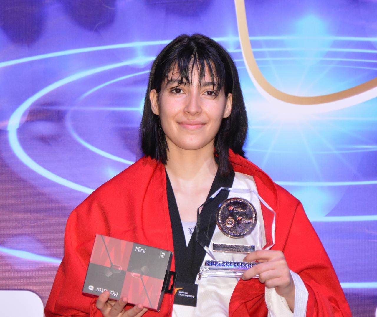 Oumaima Bouchti a remportéi la médaille d'or dans la catégorie des moins 53 kg