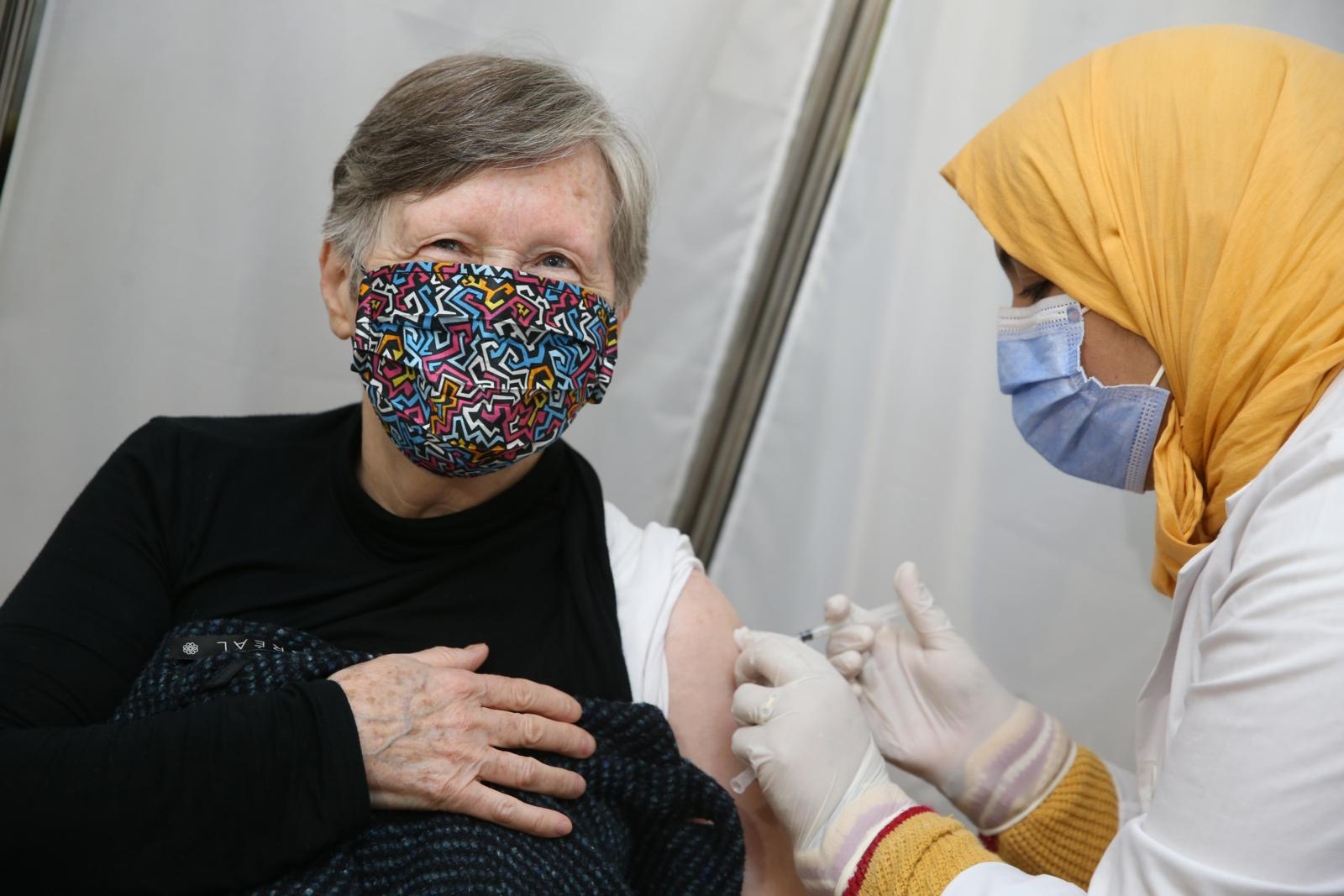 Compteur Covid :  Près de 4,21 millions de personnes vaccinées, la pénurie approche à grand pas