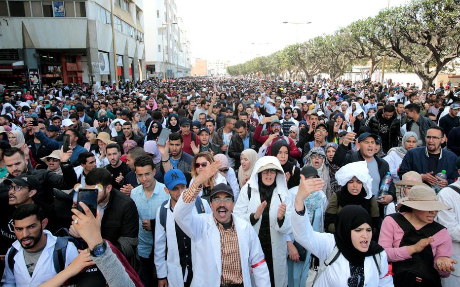 Les enseignants contractuels réinvestissent les rues de Rabat