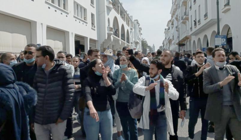 Enseignement   Face aux répressions, les « contractuels » adoptent de nouveaux modes de protestation